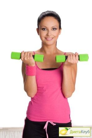 Эффективные упражнения с гантелями для груди для женщин